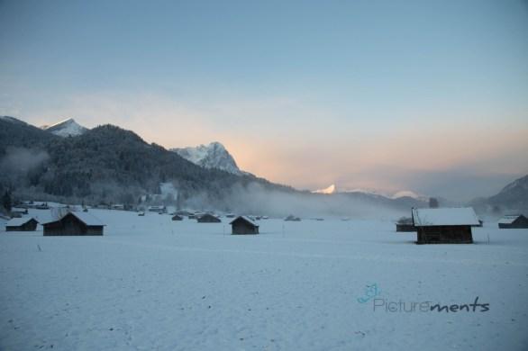 Waxensteine by sunrise 12/17