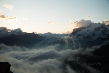 grandioser Sonnenaufgang auf 3030m Gandegg Hütte