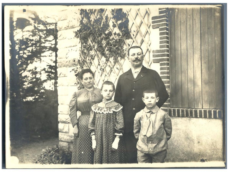 France La Baule Famille Murail By Photographie Originale