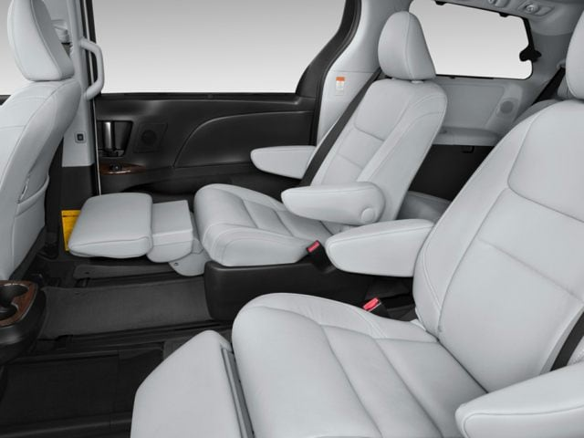 2017 Toyota Sienna Bisque Interior Decoratingspecial Com