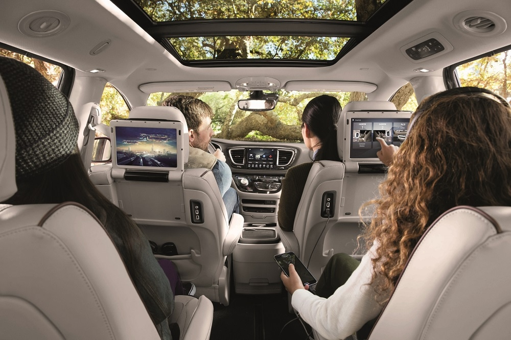 Chrysler Pacifica Interior Review
