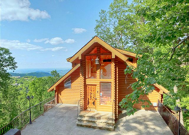 Emerald City Lights 203 2 Bedroom Luxury Ski Mountain Gatlinburg Tn Cabin 1 Mile From