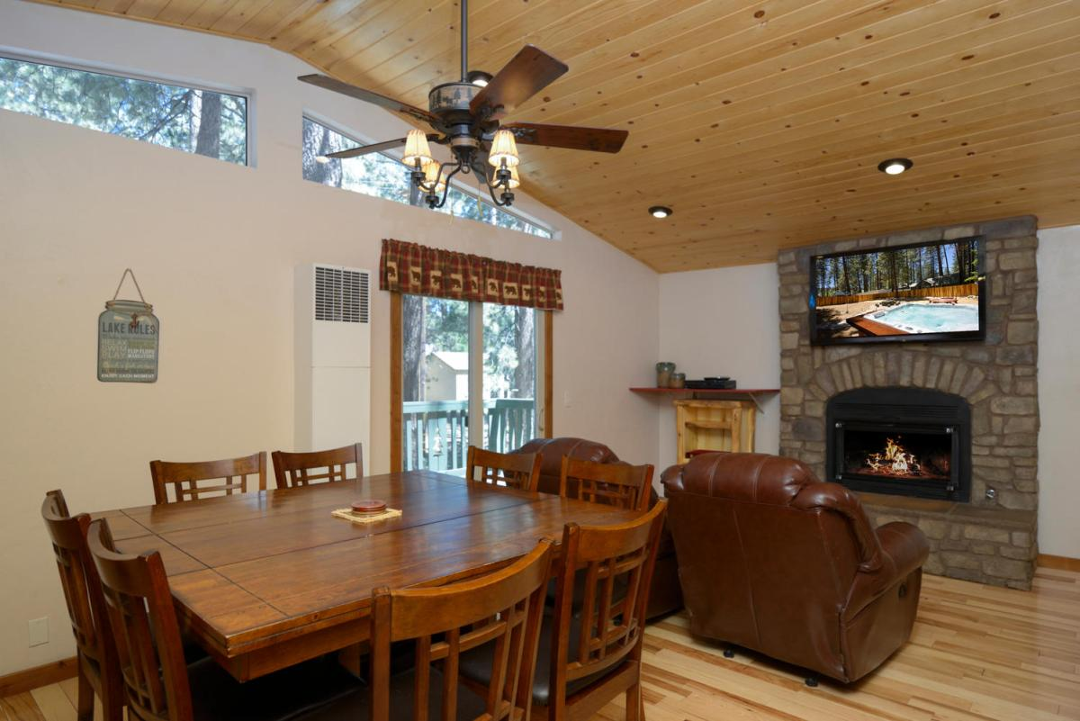 Dining Area, Fireplace & TV