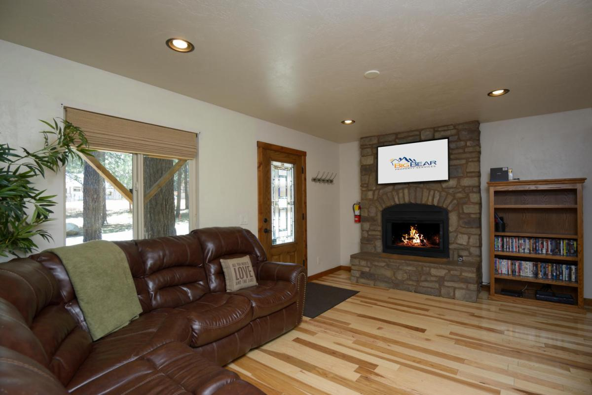 Modern, Spacious Living Room with Fireplace