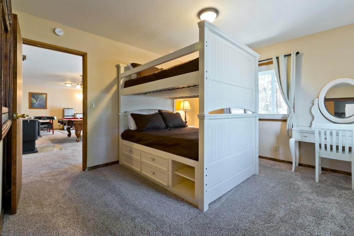 Downstairs Bedroom 7