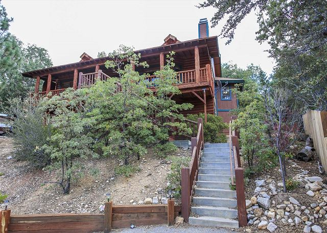 Big Bear Cabin with Beautiful Views