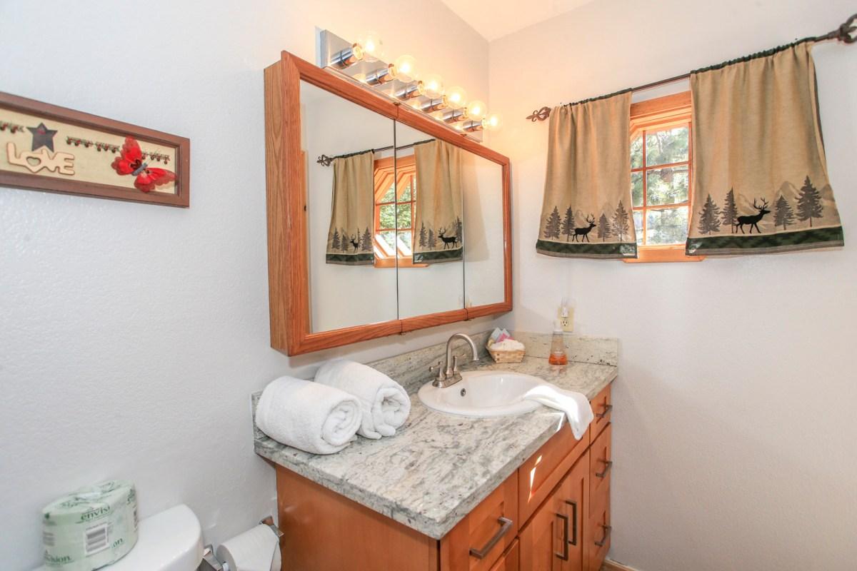 Master Bath with rustic decor
