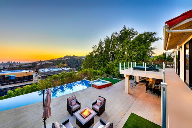 La 203 Hollywood Hills Luxury Home Seabreeze Vacation