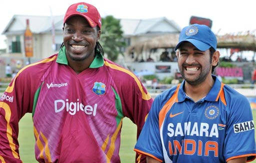 dhoni vs gayle - who will smile today