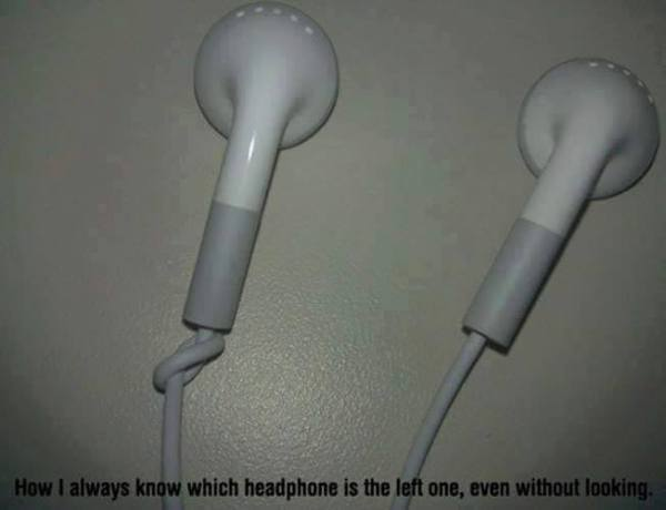 How to differentiate between left and right headphones