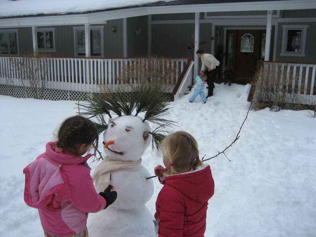 Snow girls in the front yard!