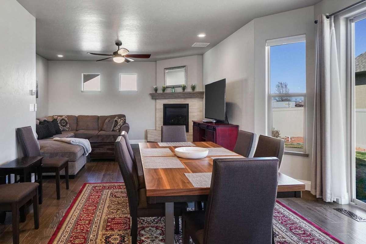 Hawk House IV Dining Room