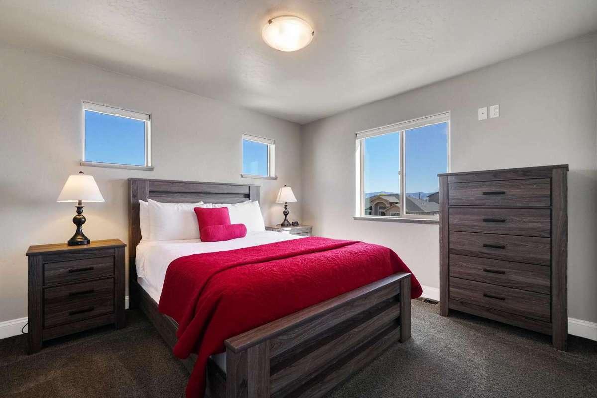 Hawk House IV Third Bedroom