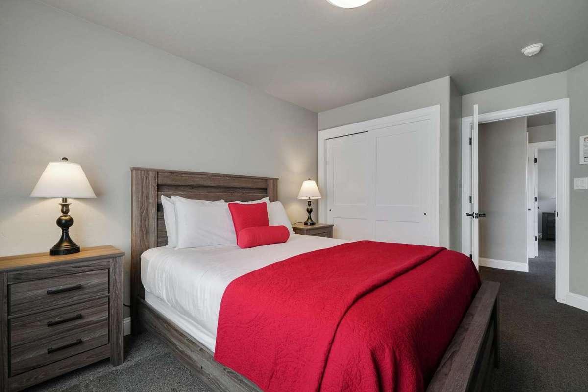 Hawk House IV Fourth Bedroom
