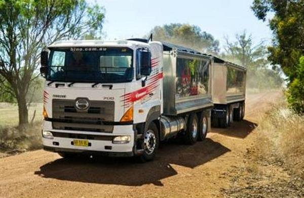 2007 Hino 700 Series Picture 452087 Truck Review Top