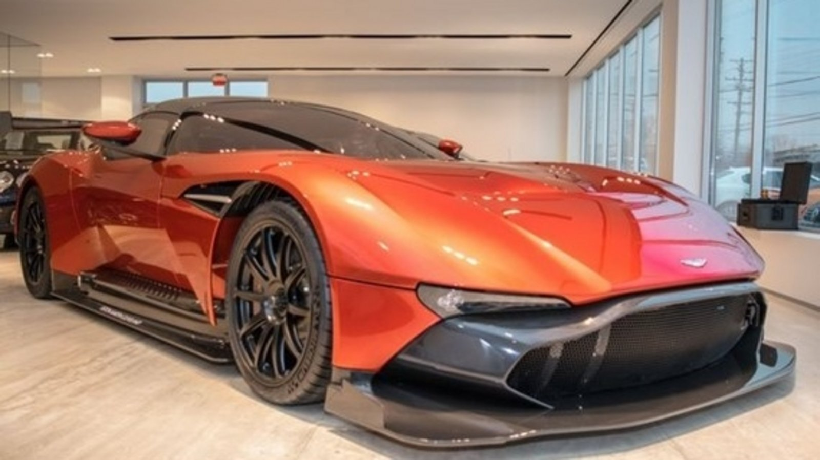 Aston Martin Vulcan For Sale For 34 Million News Top Speed