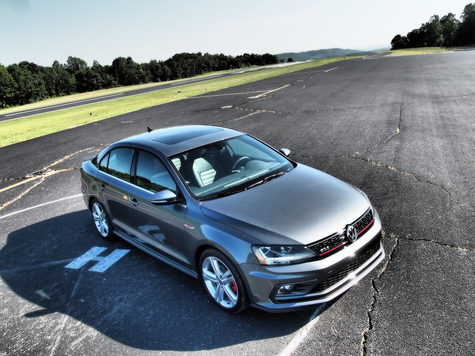 2017 Volkswagen Gli Driven Pictures Photos Wallpapers