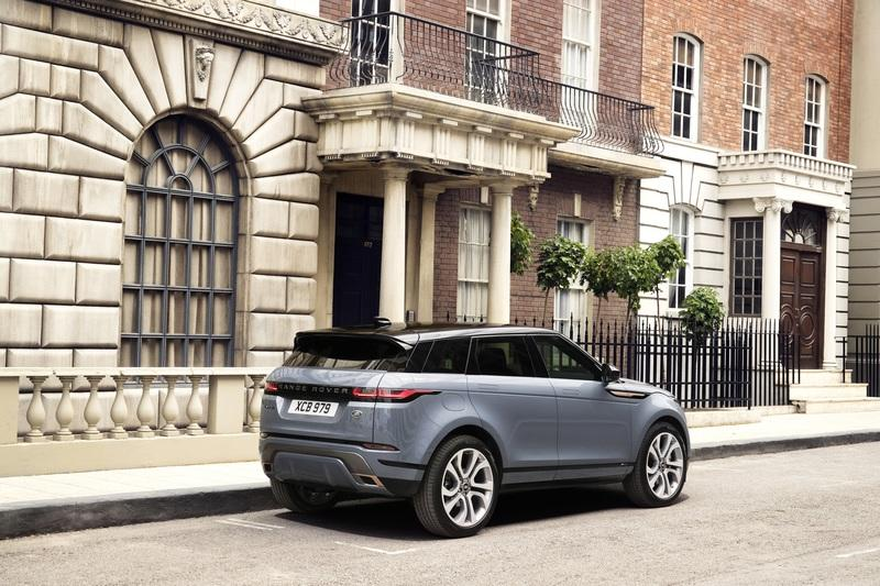 10 Facts To Prove That The 2019 Range Rover Evoque Is