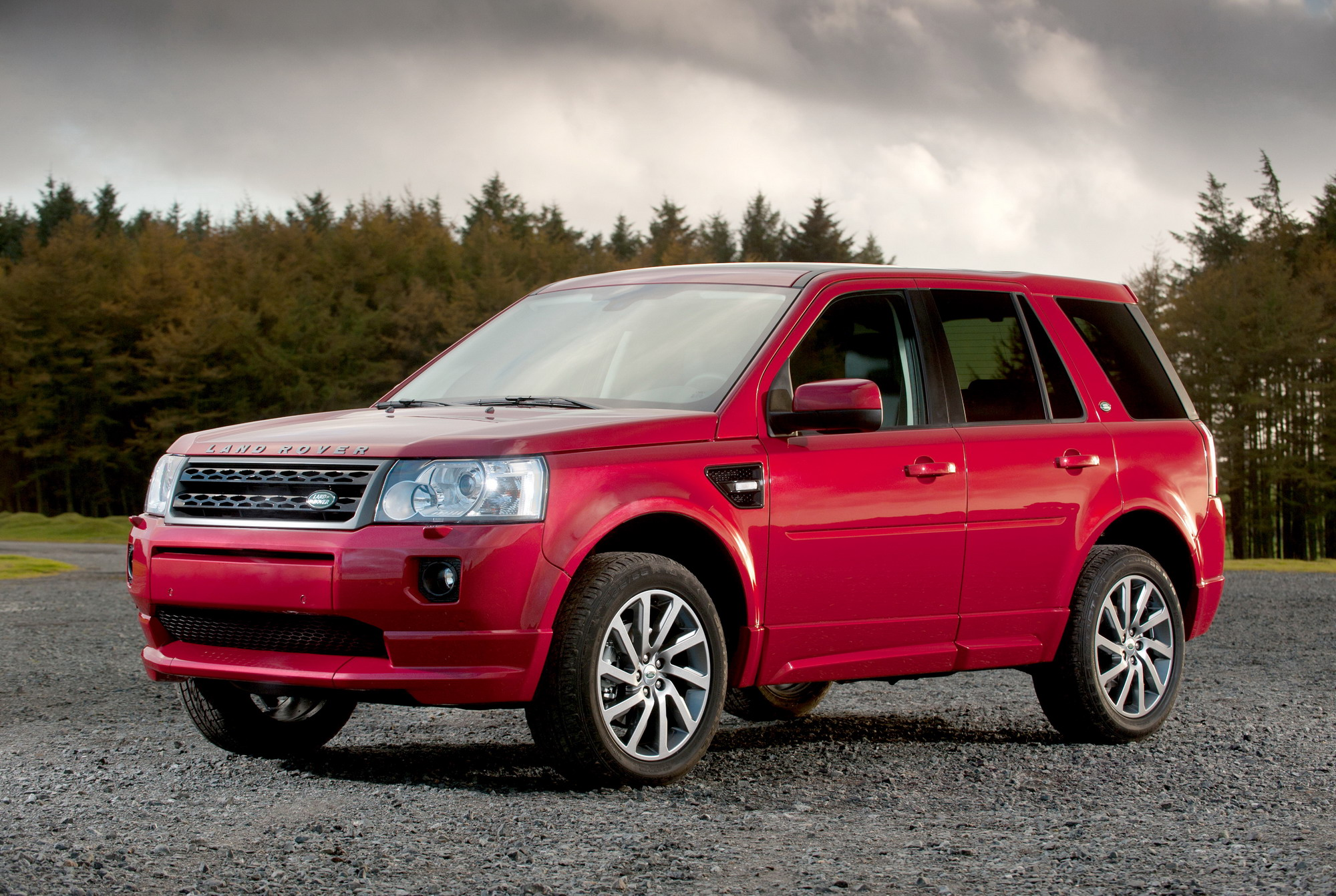 Land Rover Freelander Reviews Specs & Prices Top Speed