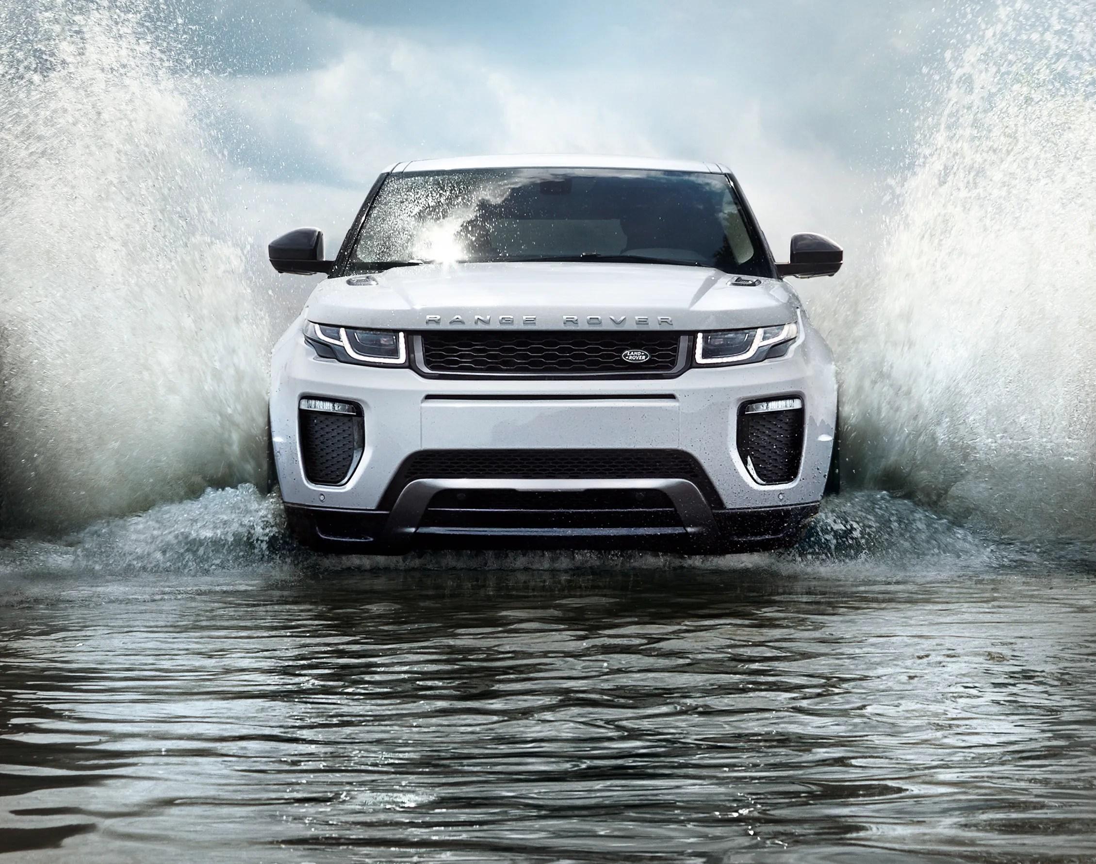 Victoria Beckham Didn t Design The Range Rover Evoque After All