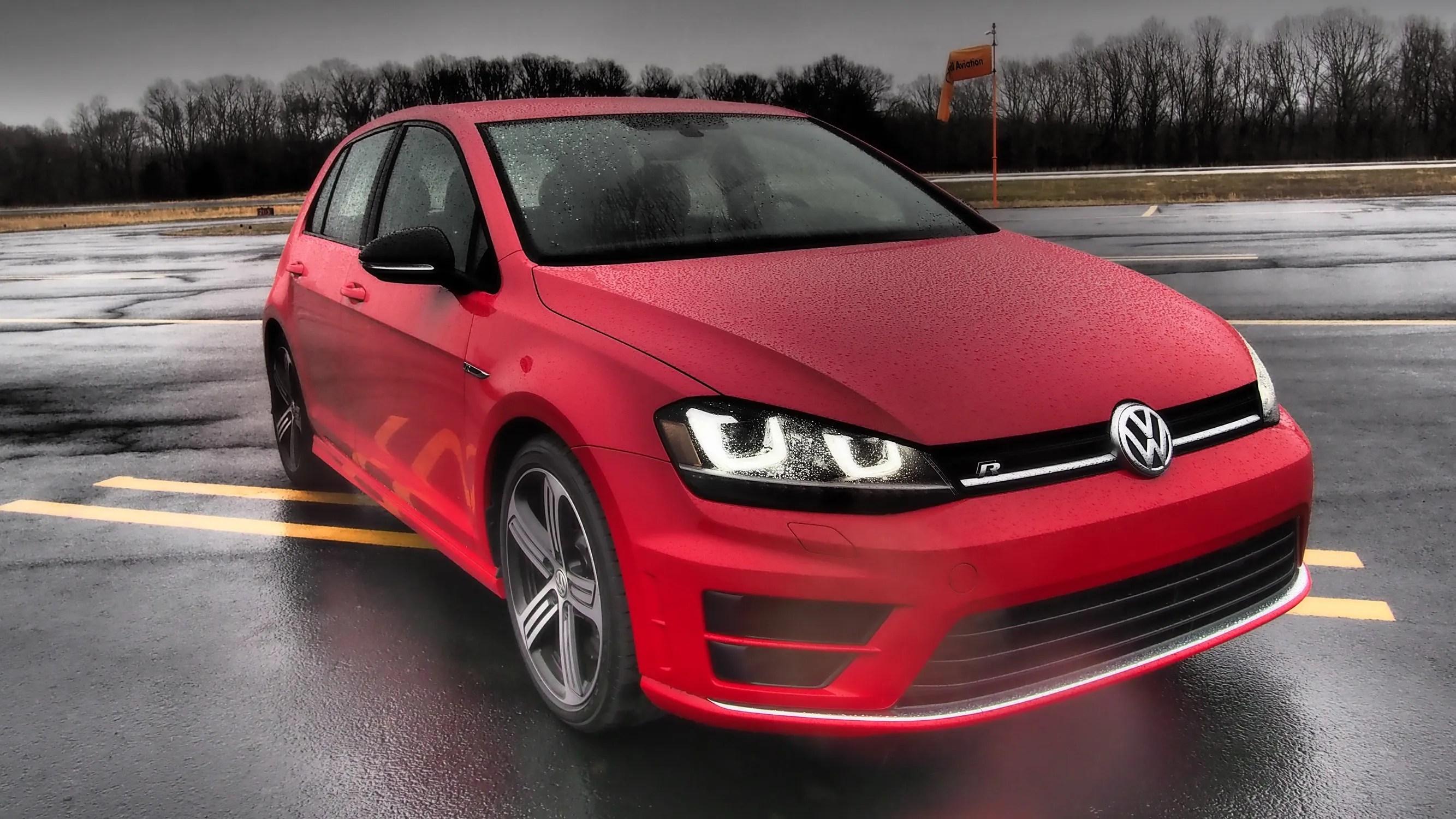 2017 Volkswagen Golf R Driven Top Speed