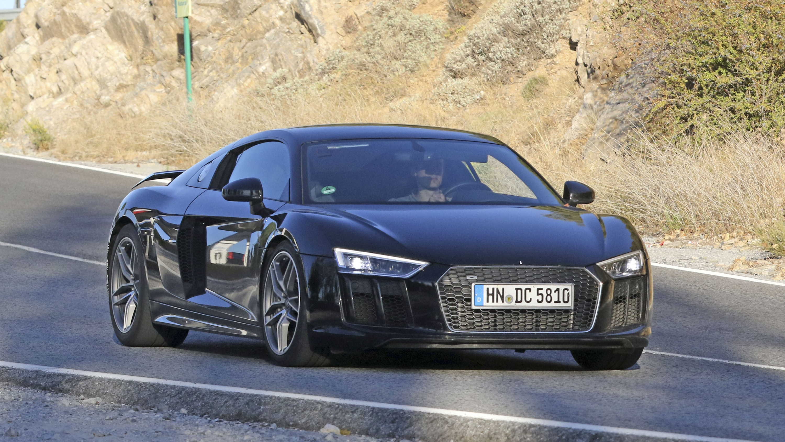 The Audi R8s Facelift Will Include A New Entry Level