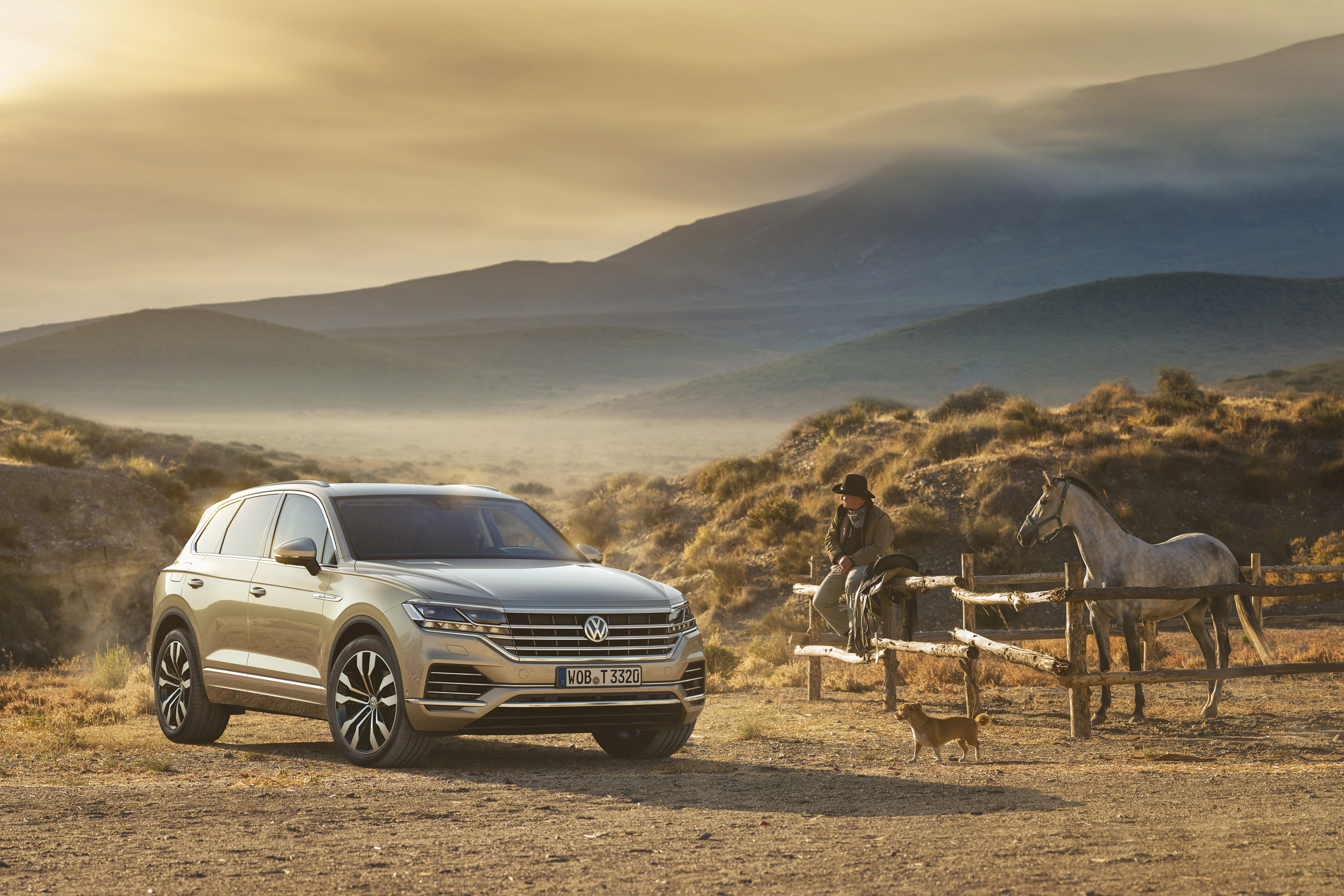 Wallpaper Of The Day 2019 Volkswagen Touareg Top Speed