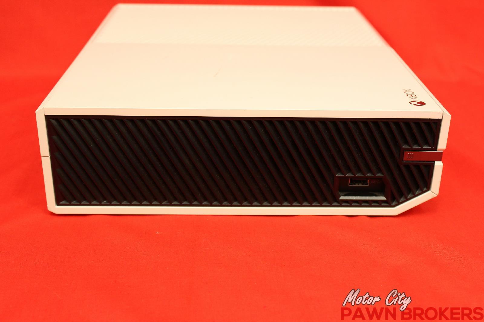MICROSOFT Xbox One 1540 500 GB White Video Gaming