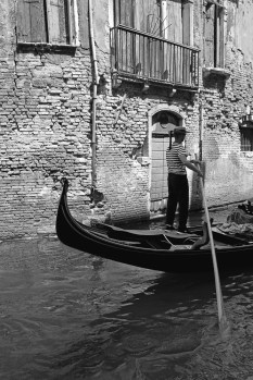 gondolier-black-and-white-carla-pivonski