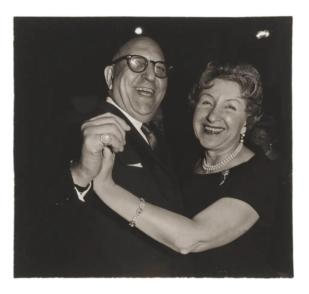 Diane Arbus - Coppia di ebrei che balla, N.Y.C., 1963