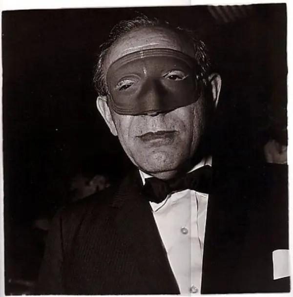 Diane Arbus - Uomo mascherato