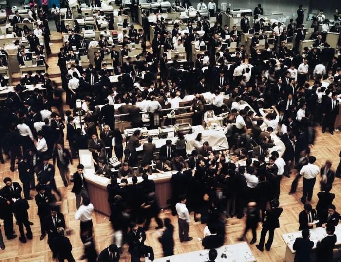 AndreasGursky-Tokyo, Stock Exchange 1990