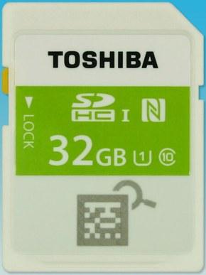 東芝 NFC 搭載の SD メモリーカード