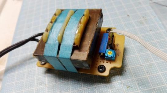 AC トランスを使った分圧回路
