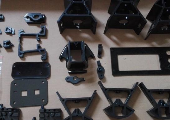 デルタ型 3D プリンター KOSSEL(中華製) - 樹脂パーツ(並べてみた)