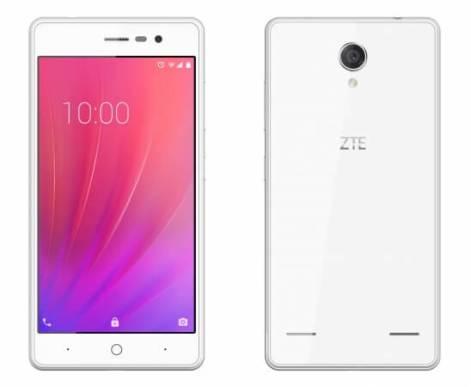 ZTE BLADE E02 (ホワイト)