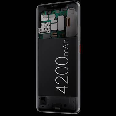 約4200mAhの大容量バッテリーとワイヤレス給電