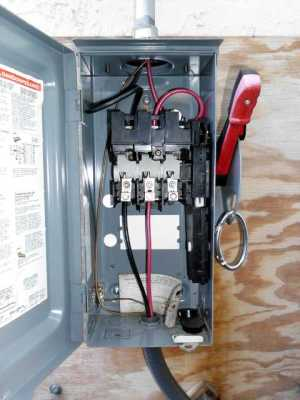Run AC Appliances Directly Off DC | Small Projects