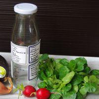 Dressingflasche - Salatdressing schnell selbst gemacht - DIY #selbstgemacht #schnelles Mitbringsel