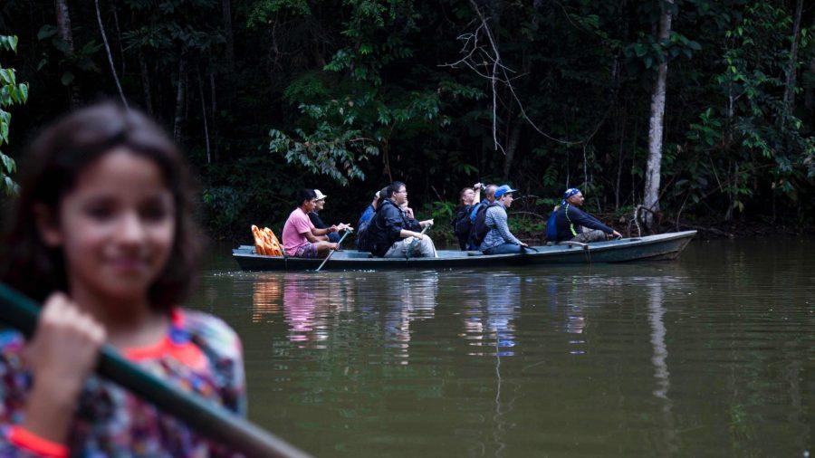 Amazon jungle tours - Kayaking in the Amazon.
