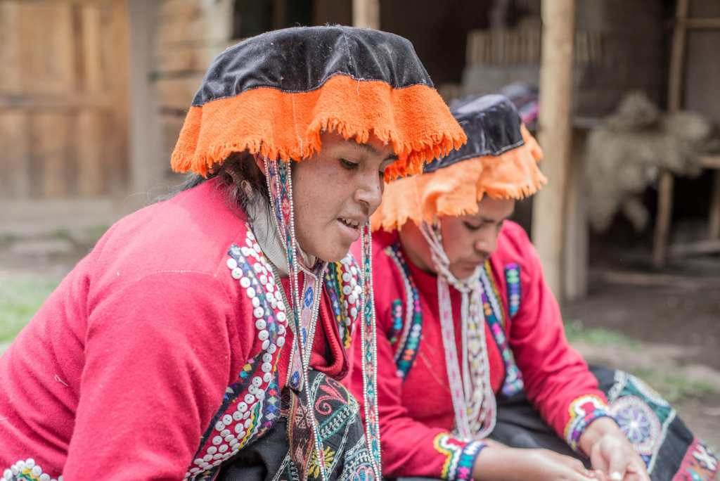 Weaving experience at Sacred Valley - Yachaqs