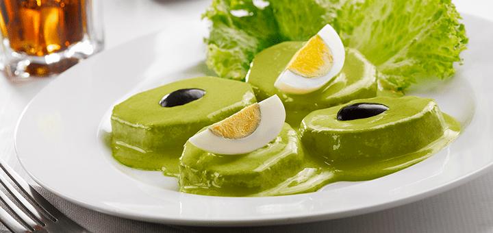 Vegetarian food in Peru - Papa a la ocopa