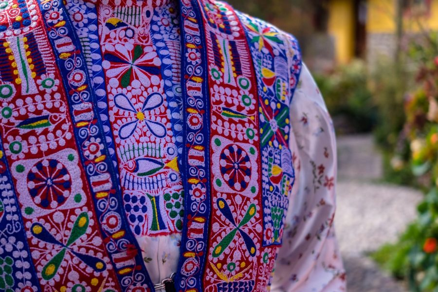 Homestay tours in Colca Canyon - Embroidered vest.