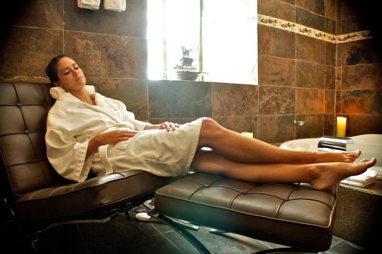 Luxury hotels in Sacred Valley - Relaxing at UNNO spa in Aranwa.