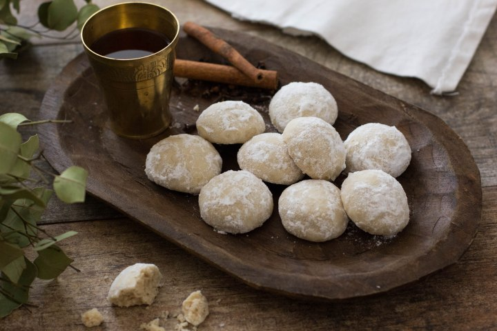 עוגיות שקדים ותבלינים
