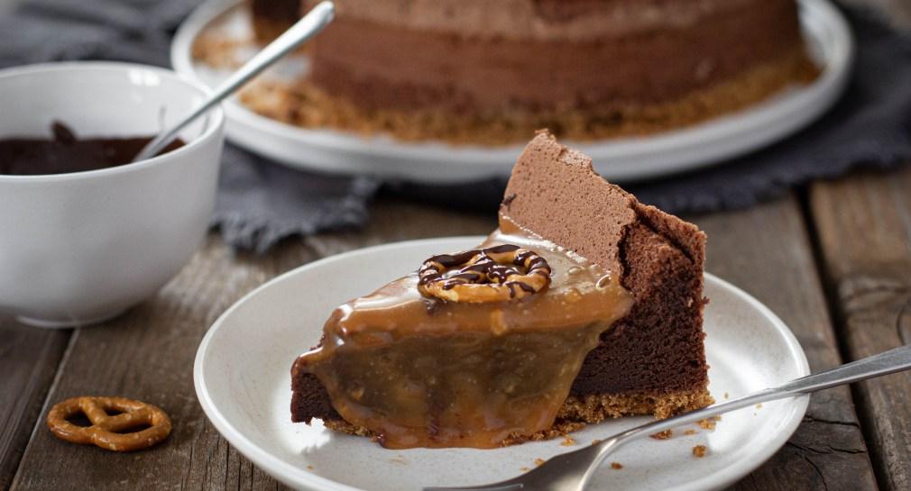עוגת שוקולד, בייגלה וקרמל מלוח