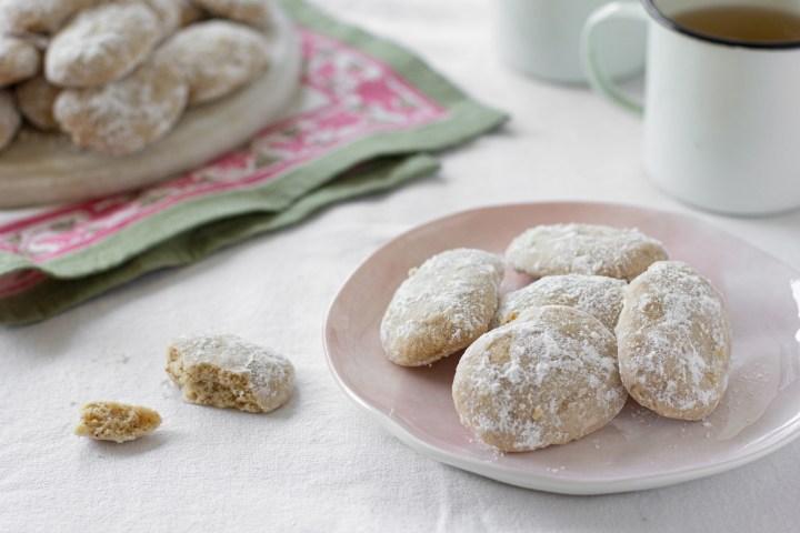 עוגיות חמאה חומה שנמסות בפה