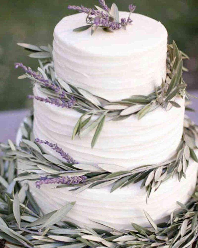 vegan-wedding-cake-piece-of-cake-rosmary-0317_vert