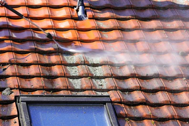 Cleaning Roof With a Power Washer | Piedmont Roofing