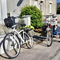 Des préparatifs à la première expédition vélo avec notre chien